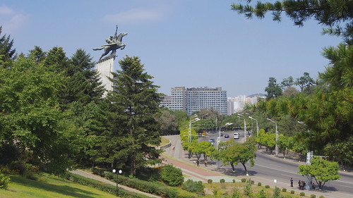 travel vacation holiday bus monument landscape scenery asia cityscape tour korea northkorea pyongyang dprk youngpioneertours