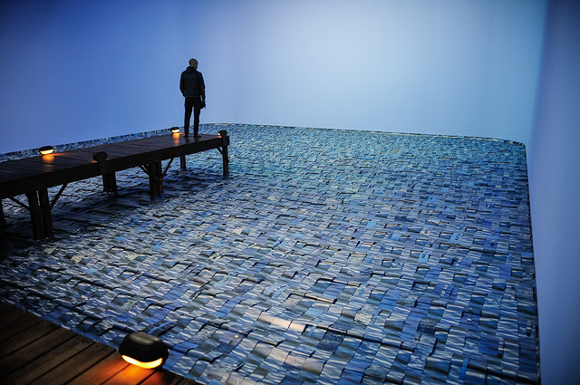 Marulho (Surge of the Sea; 1991-1997) by Cildo Meireles