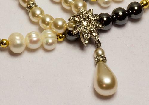 Pärlor ( 3 av 235 )