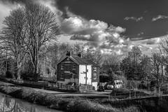 Sunbury Lock Cottage