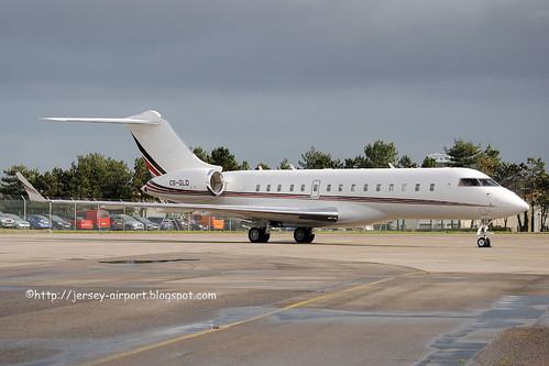 CS-GLD Bombardier Global 6000 by Jersey Airport Photography