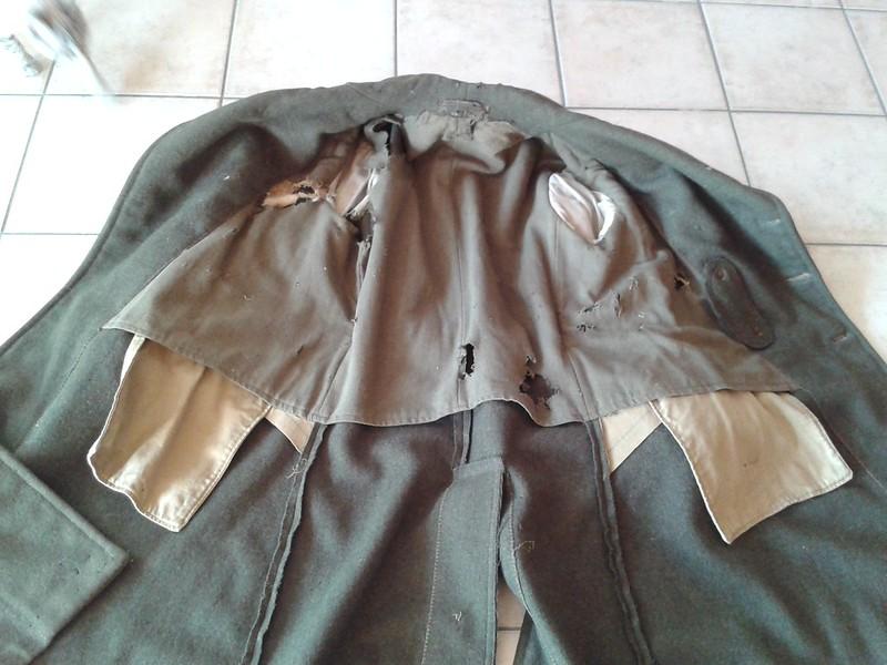 Manteau CANADIEN WW2 - Casque Tortue et pouch (s) sten- matos Corée 13268219544_fd861b221c_c