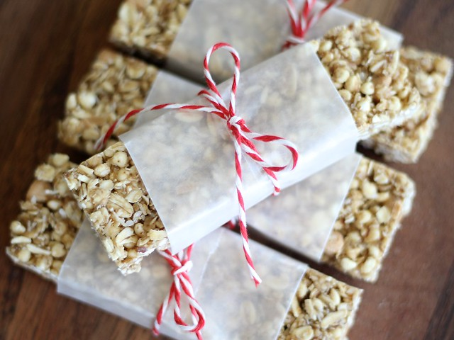Chewy Peanut Butter Granola Bars - No Bake! (Gluten-free)
