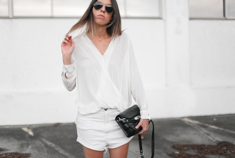 modern legacy fashion blog australia street style all white minimalist Proenza Schouler PS11 mini bag Witchery drape shirt One Teaspoon Lovers boyfriend denim shorts black suede ankle boots blogger (5 of 7)