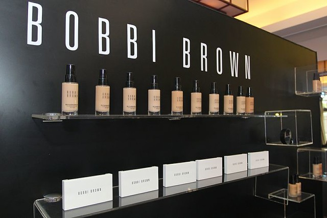 13763762605 f48d216528 z Bobbi Brown House of Foundation