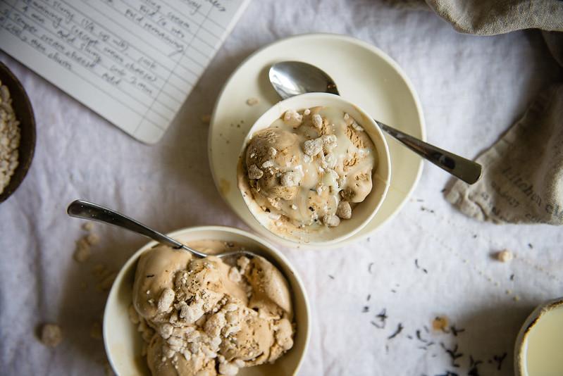 coffee-tea (hong kong yuanyang) ice cream | two red bowls