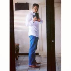 "Semacam iseng. Persiapan sebelum berangkat ke International Disciple Making Churches Conference 2017 (IDMC), ""Cultivating Your Inner Life"", 31 Maret - 1 April 2017, Convention Hall 3rd. Floor, Grand City Convex, Surabaya. #selfie #fun #happy #urban #cultu"