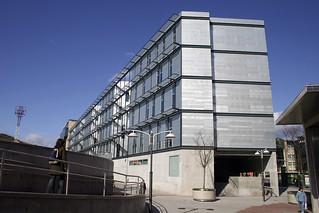 Edificio de la Escuela Técnica Superior de Ingeniería de Bilbao.