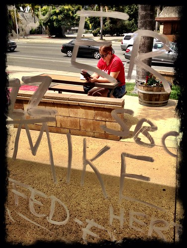 read and write by Damian Gadal