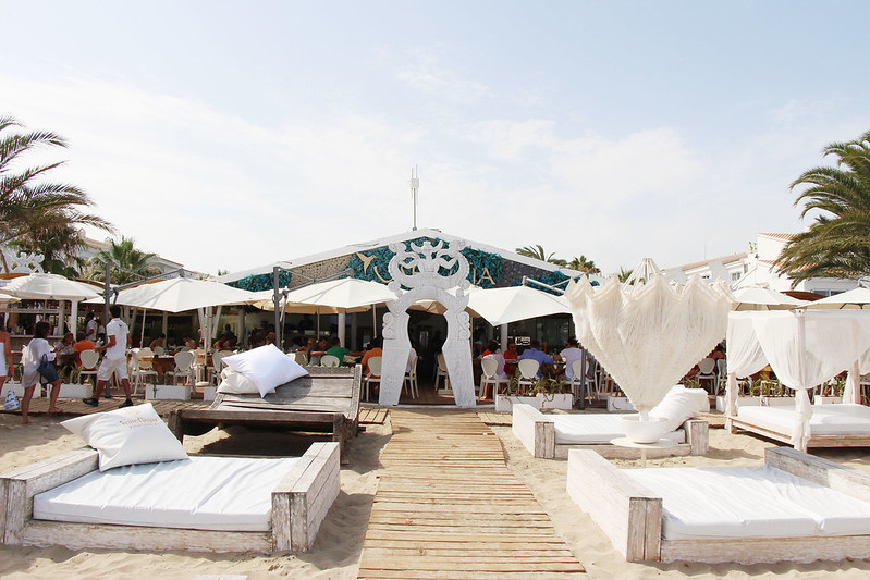 restaurants in ibiza, ushuaia beach club, where to eat in ibiza