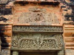 S tower, E portal lintel, Preah Einkosei