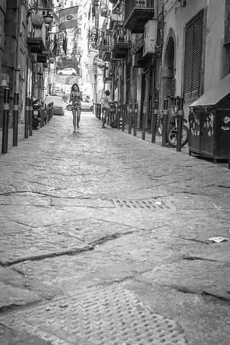 Walking on Naples alleys - B&W by Davide Restivo