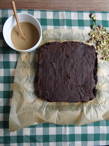 pumpkin pistachio brownies // espresso glaze