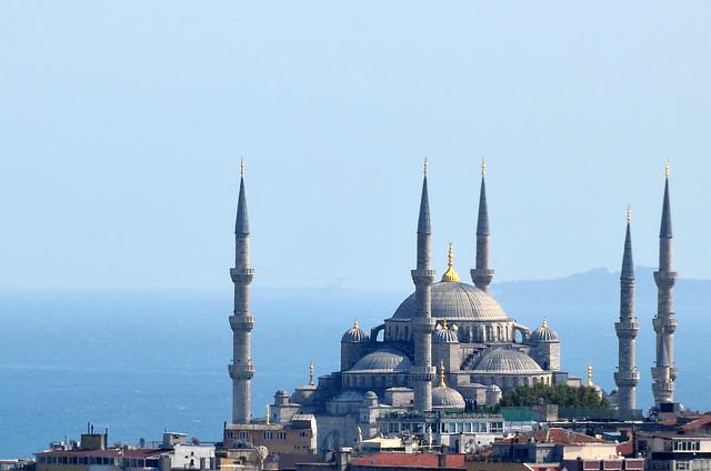 Mezquita Azul desde el Panoramic Restaurant de Estambul