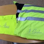 En bunt kläder till J. Grahn Åkeri AB har försetts med transfertryck.
