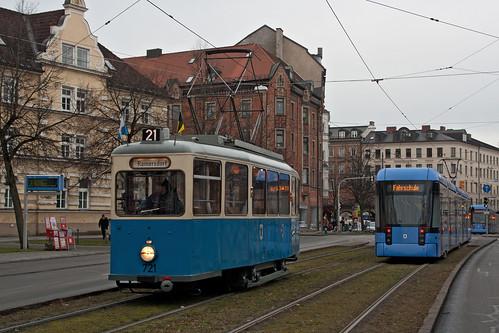 Zweimal Fahrschule: Heidelbergerwagen 721 und Variobahn 2319