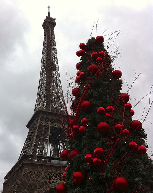 Christmas Eiffel Tower Decor Lowea