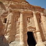 Afbeelding van Triclinium in de buurt van Petra.