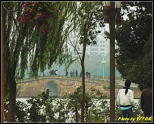 杭州 西湖 (其他景點) - 094 (從北山路的交界點看西湖十景之 斷橋)