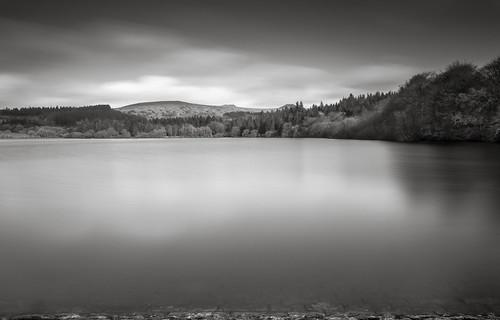 longexposure england water mono still calming reservoir devon stillwater dartmoor burrator burratorreservoir 10stop nd110 bwnd110 10stopfilter d5100 dartmoorinmono