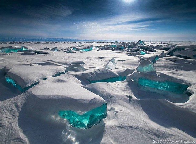Turquoise #Ice, Northern Lake Baikal, #Russia