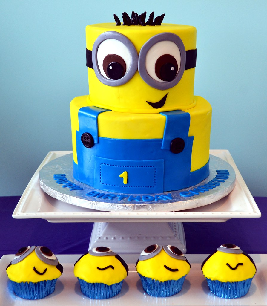 Minion Cake And Cupcakes A Photo On Flickriver