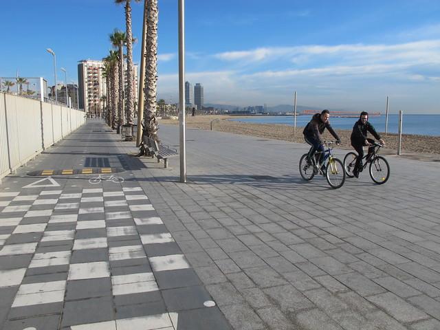 coastal cycleway in barcalona