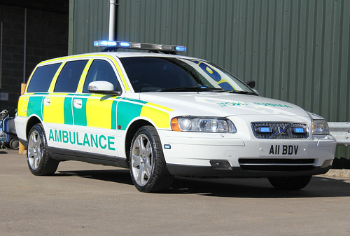 BDV Recovery Group Volvo V70 T5 Rapid Response Vehicle