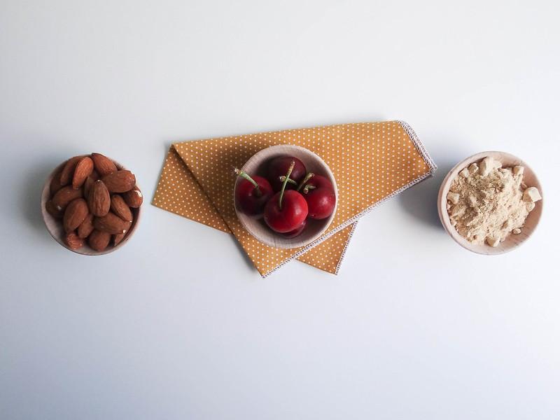 cherry maca almond smoothie