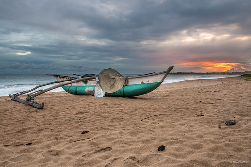 ocean travel sunset beach landscape boat twilight asia dusk catamaran srilanka lk ranna southasia seascapephotography southernprovince