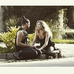 Visky e Larissa... #BlogAuroradeCinemadeolhonaTV #TVGlobo #globo50amos #VerdadesSecretas #grazi  #walcyrcarrasco #Visky #sergiopenna #GraziMassafera #bookrosa #rainercadete #moda #passarela @walcyrcarrasco @sergio.penna #preparacaosergiopenna#teledramatur