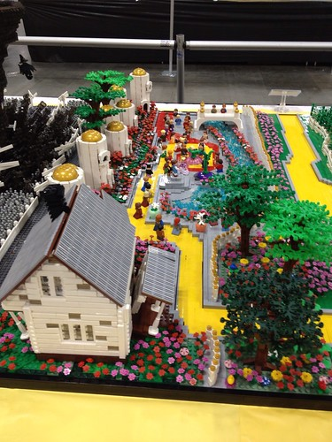Wizard of Oz collaborative by VirtuaLug at Brickworld 2013