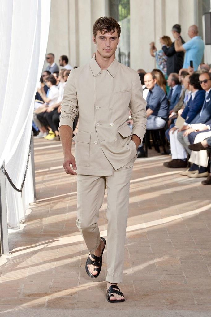 SS14 Milan Corneliani032_Clement Chabernaud(fashionising.com)