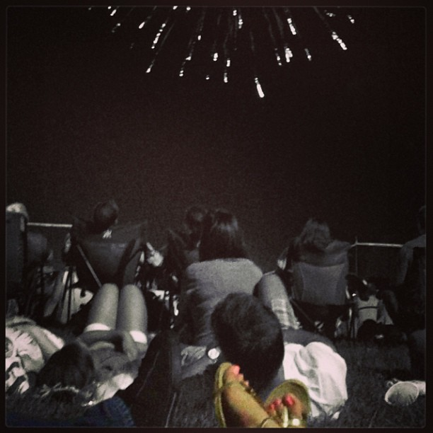 Watching fireworks with my love on a hot summer night is something I look forward to all year! #fireworks #love #4thofjuly #instagood #igdaily