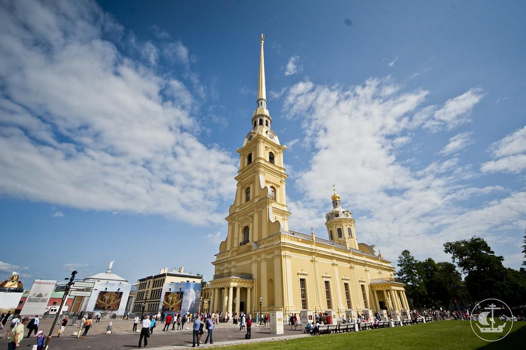 12 июля 2013, Патриаршее богослужение в Петропавловском соборе Санкт-Петербурга
