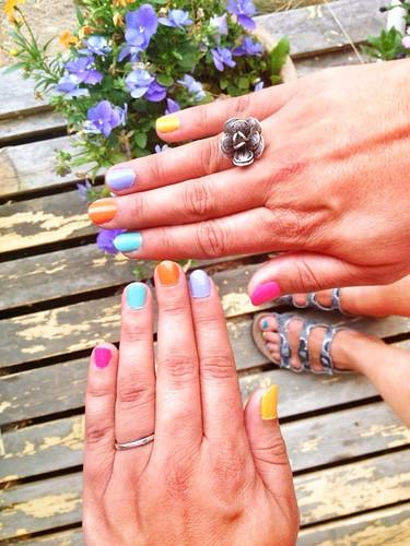summer circus nails