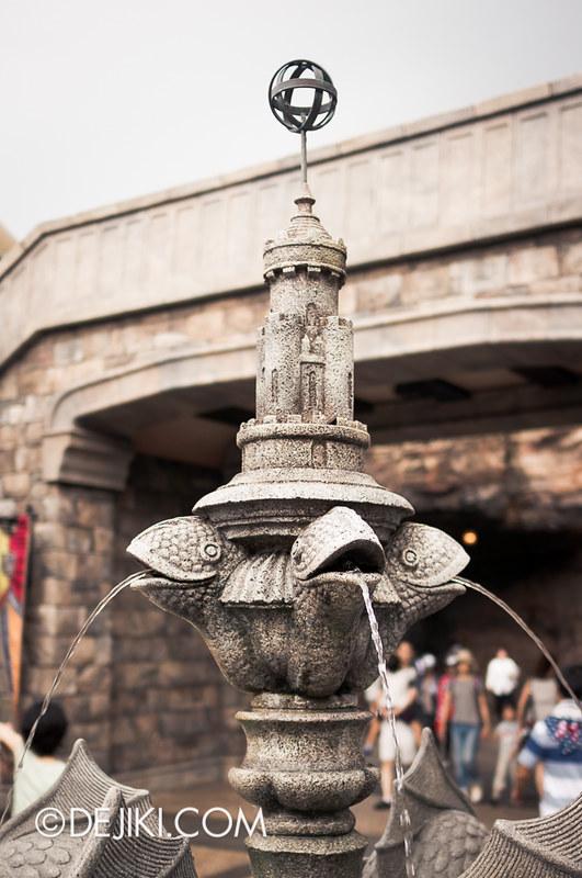 Tokyo DisneySea - Mediterranean Harbor / Fortress Explorations / Fountain