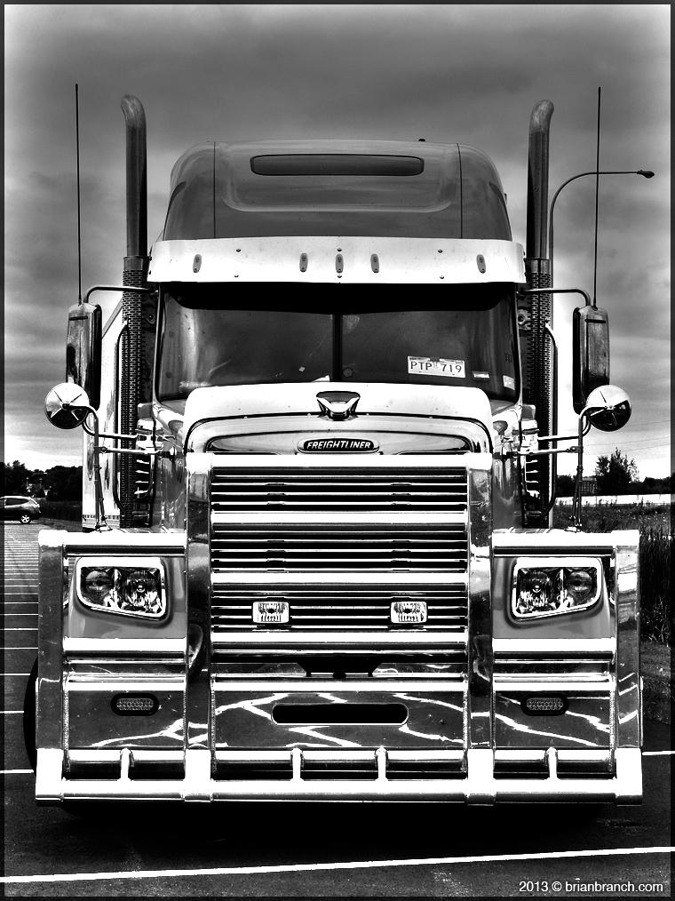 DSCN3290_freightliner_truck