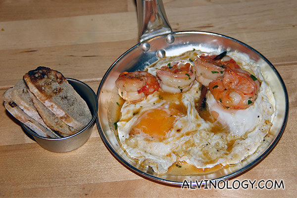 Pan fried prawns and eggs tapas (S$10)