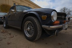 automobile, wheel, vehicle, performance car, antique car, land vehicle, triumph tr6, convertible, sports car,