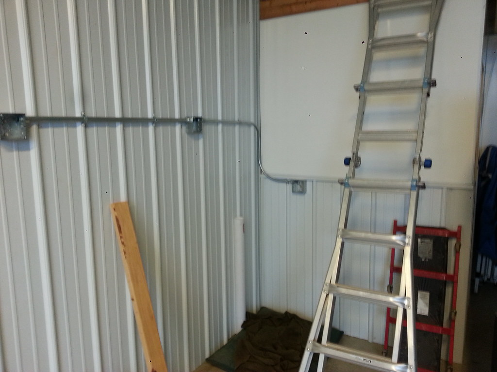 Emt Mounting Question The Garage Journal Board Pole Barn Wiring Http Wwwgaragejournalcom Forum Showthreadphpp 1 2 Drop From Top Box Im Just Bending Offsets I Live Over An Hour Away And Already Had Bought Straight Connectors So Ill Use Them