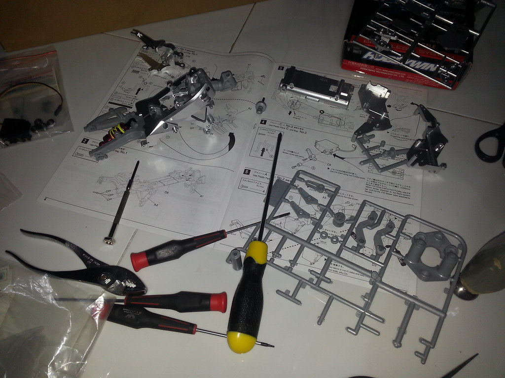 Babyboy's Kyosho Honda NSR 500 HOR 11971851564_d989a1f855_b