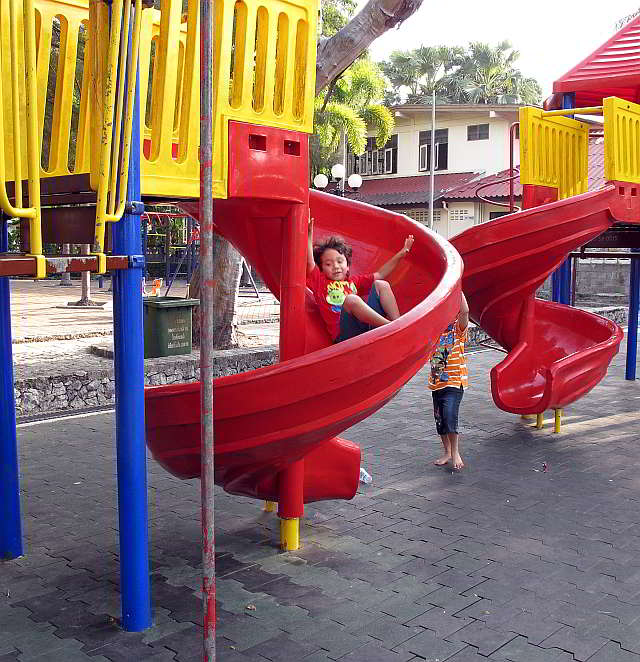 Lan Pho Children's Playground, Naklua Pattaya.