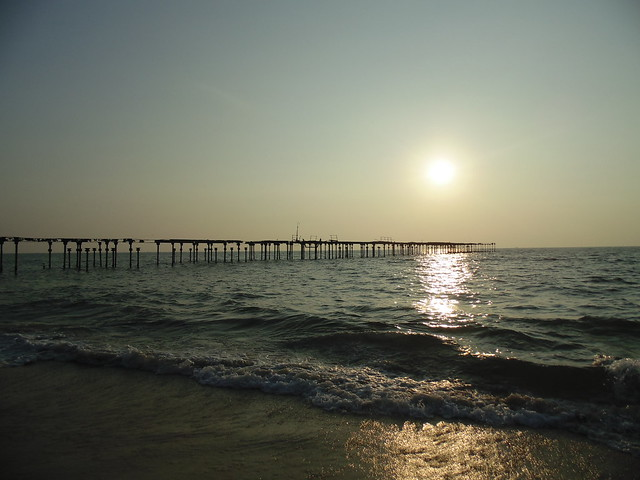 sunset at alappuzha beach