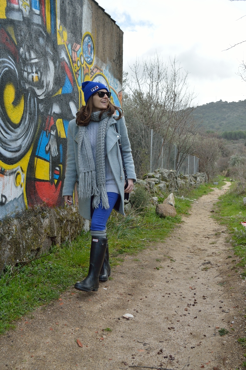 lara-vazquez-madlula-blog-cobalt-blue-grey-look