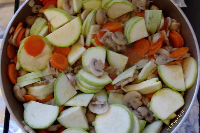 Penne integrale cu legume si sos de branza (5)