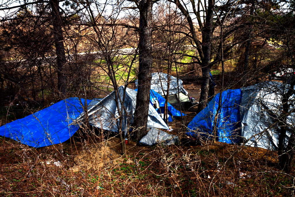 Homeless-encampment-on-4-5-14--Camden-2