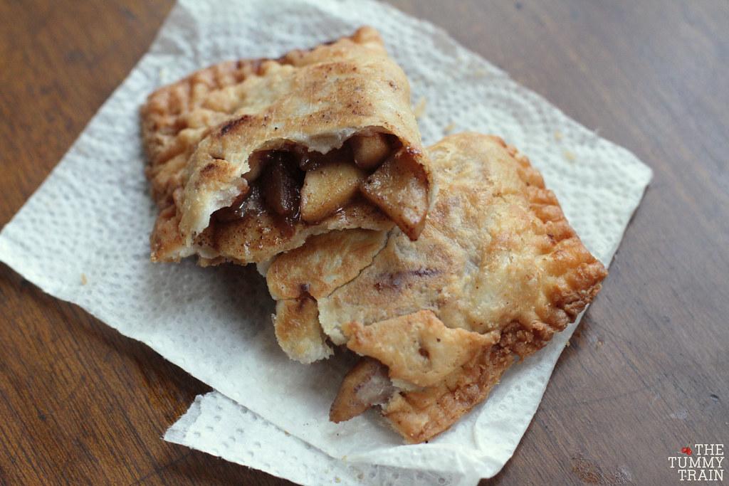 13760138524 4a8102e4ac b - An attempt to copy McDonald's Fried Apple Pie