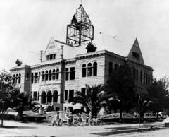 Orange County Courthouse under construction, 1901