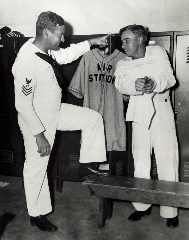Hugh Casey, Pee Wee Reese - Norfolk Naval Air Station, 1943